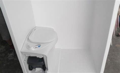 Rv Bathroom Toilet Shower Combo by Cer Shower Toilet Combo Fibreglass Shower With