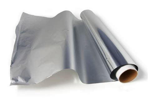 Household Uses Of Aluminum Foil by Aluminum Foil Uses 40 New Ideas Reader S Digest