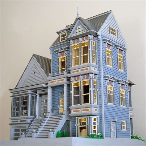 build a victorian house although i m not a fan of these houses in real life the