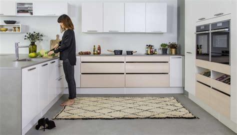 cocinas en blanco y gris ejemplos de cocinas escandinavas decoradas en gris y