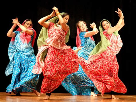 hindi dence bollywood dance moves workout dance classes for kids