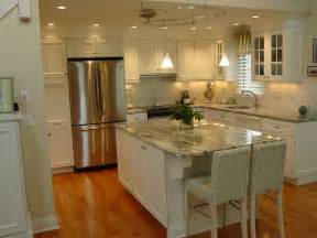 Kitchen Countertops And Cabinets by White Kitchen Cabinets With Granite Countertops Benefits