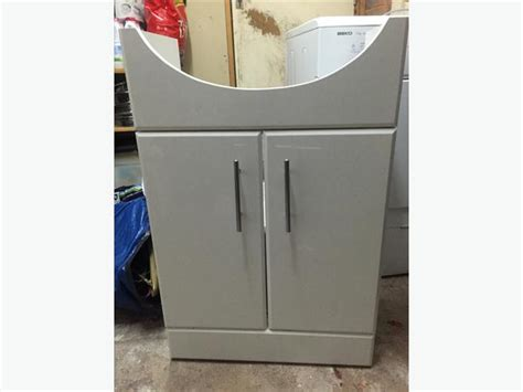 under sink unit bathroom white gloss under sink bathroom cupboard cabinet unit excellent condition outside