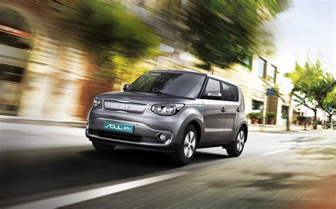 kia soul ev small electric city car kia motors uk