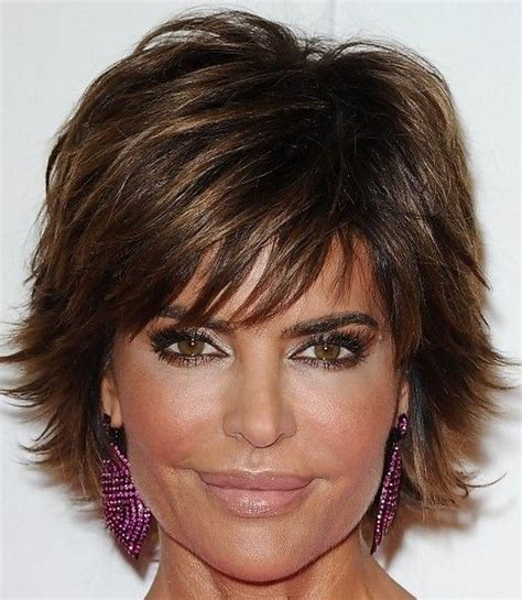 texture of rennas hair lisa rinna layered razor cut short hair styles my hair