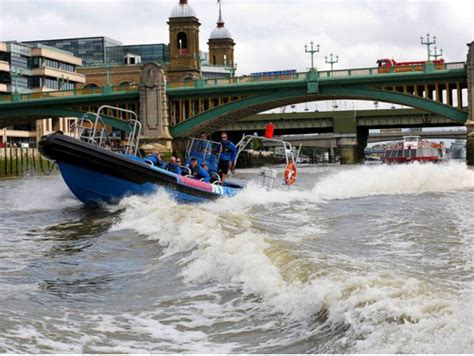 thames river cruise speed boat london thames jet speed boat experience london tours