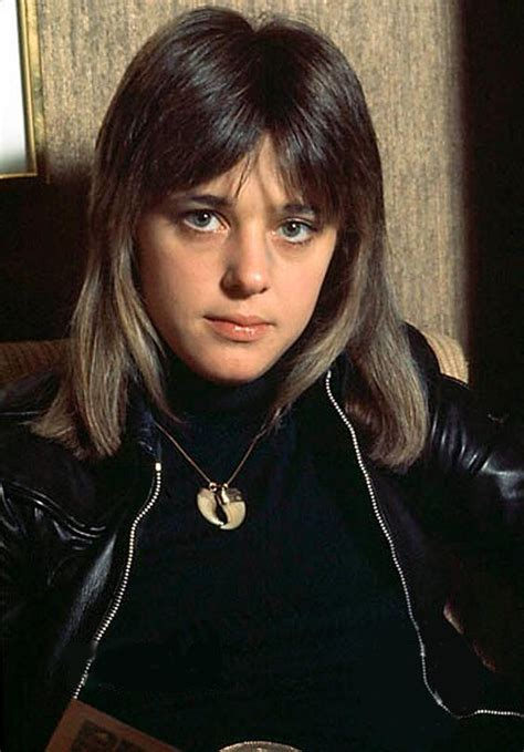 1970s gypsy hairstyle pictures suzi quatro sporting her ridiculously cool lioness shag