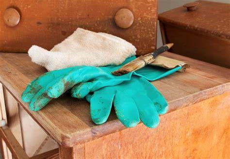 riparazione mobili interventi di riparazione mobili in legno mobili