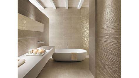 come posare le piastrelle bagno posa mattonelle bagno