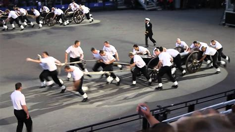 Edinburgh Tattoo Gun Run | edinburgh tattoo gun run youtube