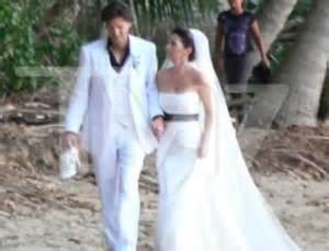 Black and white shania twain s wedding dress smartbrideboutique com