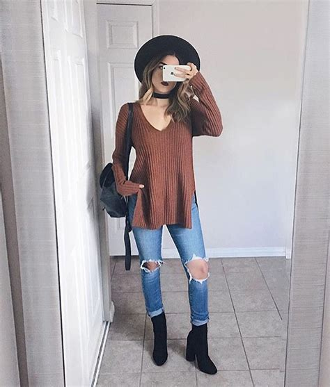 25 all black fall outfits that are anything but basic outfit black booties