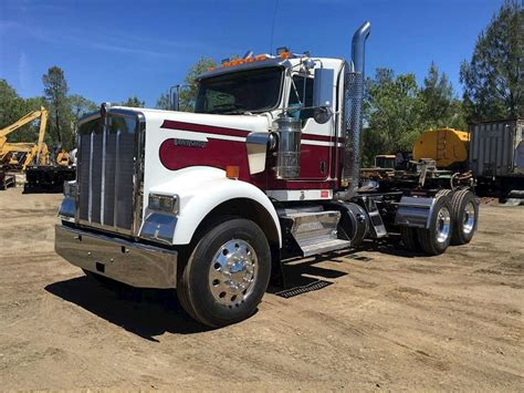kenworth semi 2012 kenworth w900l day cab semi truck for sale 127 285