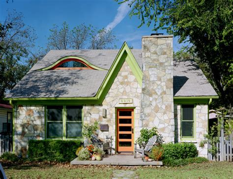 Storybook Cottage Homes by 9 Storybook Cottage Homes For Enchanted Living