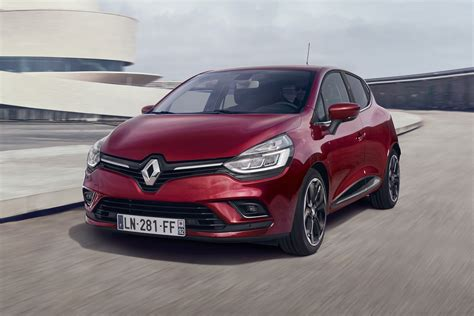 clio renault 2017 new 2017 renault clio updates announced carbuyer