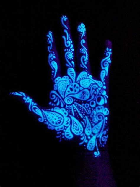 blacklight tattoo ink uv tattoos that make you glow in the inkspired