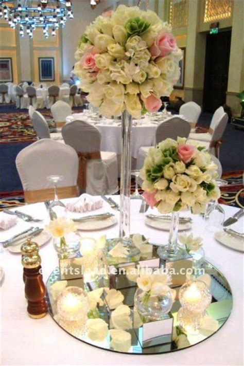 adornos de mesa para bodas con velas decoracion de boda centros de mesa con espejo y vela
