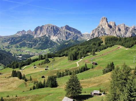 Vacanza In Montagna by Vacanze In Montagna Idee Viaggi Chalet Itinerari In Italia