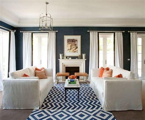 blue wallpaper living room georgica pond navy blue grasscloth wallpaper same rug living room shopping