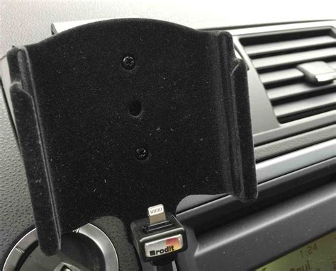 porta iphone per auto supporto auto per iphone 6 plus di brodit la recensione