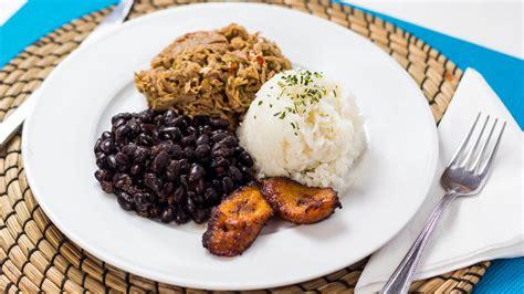 pabellon plato el pabell 243 n criollo un plato t 237 pico de venezuela