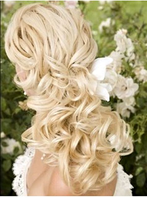 Vow Renewal Wedding Hairstyles by If Mine Would Do This For Our Vow Renewal