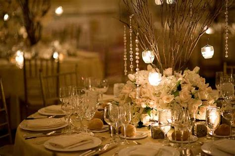 Tips for Rustic Wedding Table Settings & Decorations