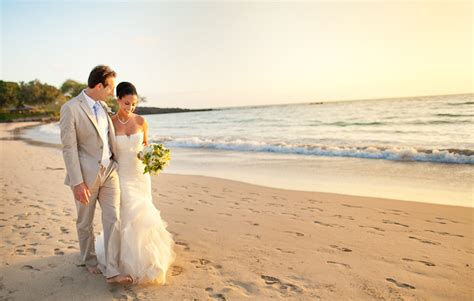 Gina & Douglas   Mauna Kea Beach Hotel Wedding   Hawaii Wedding Photographer   James Rubio   Big