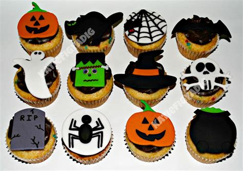 halloween cupcakes 1000 images about halloween cupcakes pastries on