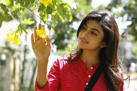 actress anandhi pictures actress anandhi young and talented actress