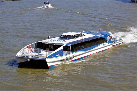 thames clipper boat mbna thames clippers hunt class catamarans shipping