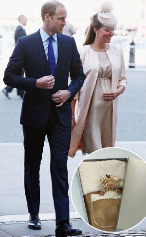 The False Prince Pangeran Palsu intip hadiah peta untuk bayi kate middleton dan pangeran