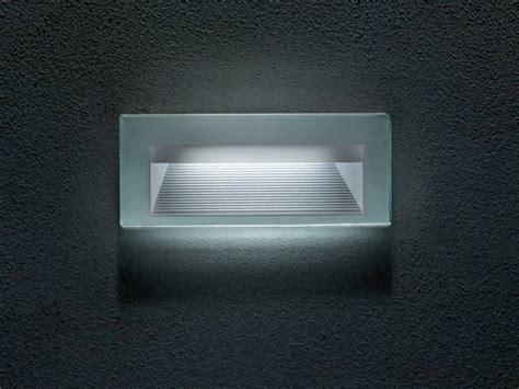 goccia illuminazione prezzi segnapasso a led a parete in vetro quantum illuminazione