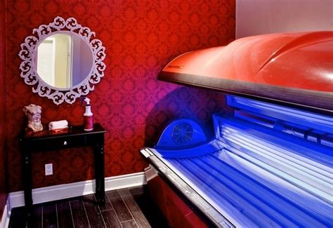tanning room 25 best ideas about tanning salons on tanning salons near you tanning salon decor