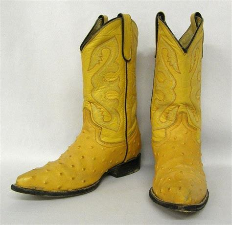 pair of womens mexican leather mezquite boots