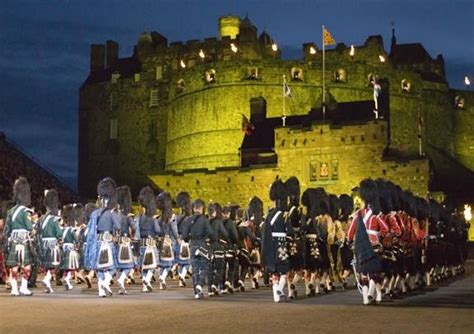 Edinburgh Tattoo Cost | edinburgh military tattoo tickets golden tours