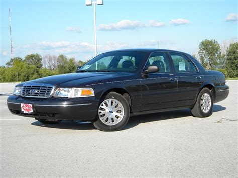 how to learn about cars 2005 ford crown victoria lane departure warning impulserocket 2005 ford crown victorialx sedan 4d specs photos modification info at cardomain