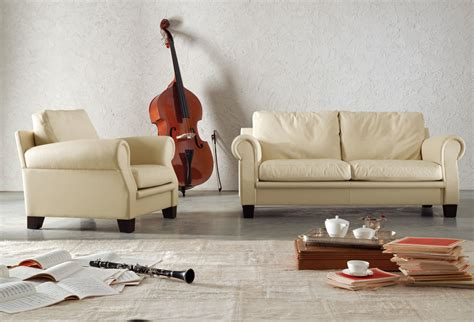 divano e poltrona austen divano a 2 posti by poltrona frau