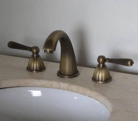 antique brass three bathroom vanity faucet uvlfzt1078