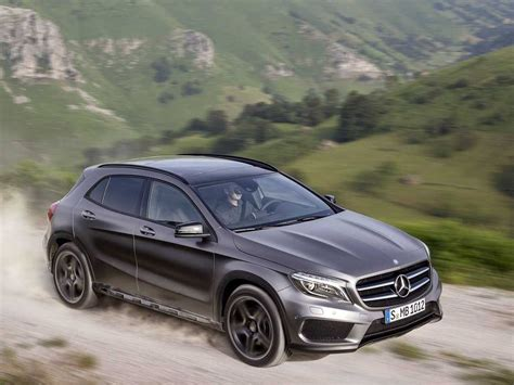 Mercedes Small by Mercedes Unveils Gla Compact Suv Business Insider