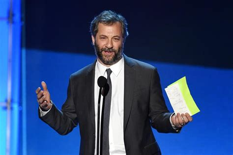 judd apatow the critic judd apatow takes jab at matt damon while presenting amy