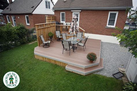 Backyard Bbq Decks This Compact Deck With Privacy Screen Is Just One Step