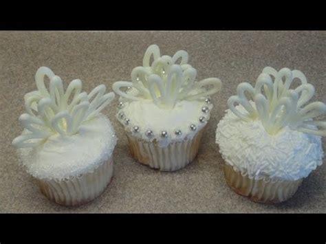 wedding shower cupcake decorating ideas decorating cupcakes 64 wedding cupcakes bridal shower cupcake