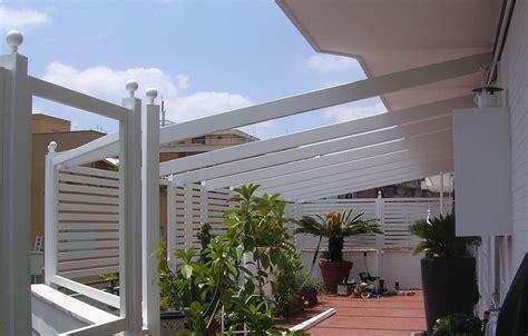 arredo terrazzo roma grigliati in legno per balconi su misura a roma