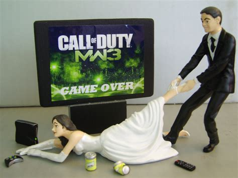 Hochzeitstorte Gamer by Excuse Me While I Out Weddings