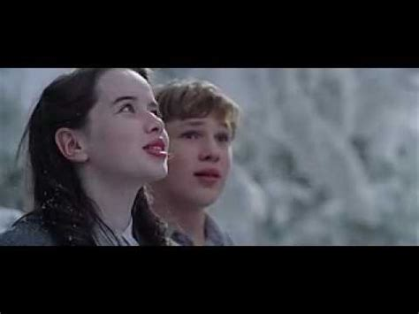 narnia film youtube the official narnia the lion the witch and the wardrobe