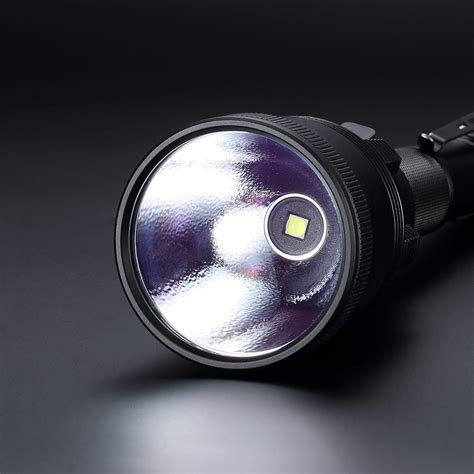 Nitecore Ea81 Senter Led Cree Xhp50 2150 Lumens nitecore mh41 senter led cree xhp50 2150 lumens black jakartanotebook