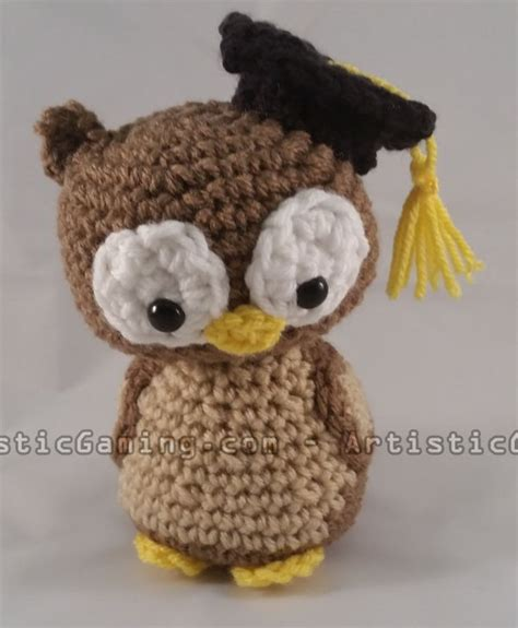 free crochet pattern amigurumi graduation owl this graduation owl pattern is great for crochet beginners