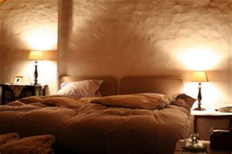 schlafzimmerwand leselen schlafzimmer einrichten m 246 bel dekoration im schlafzimmer