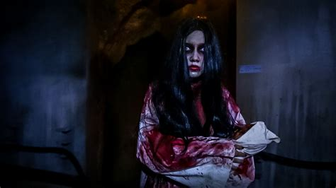 And Of Horror by The Entertainment Review Horror Nights 5